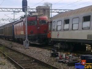 Sudar vozova na Zeleznickoj Stanici Indjija